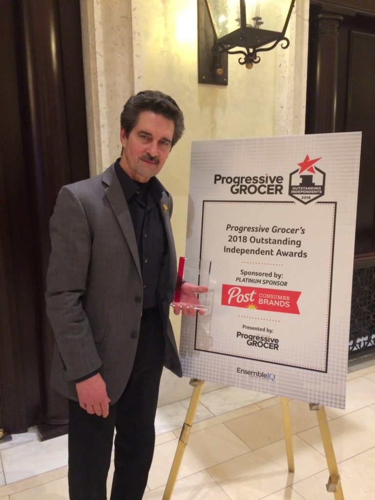 progressive-grocers-award-kenny-parlet